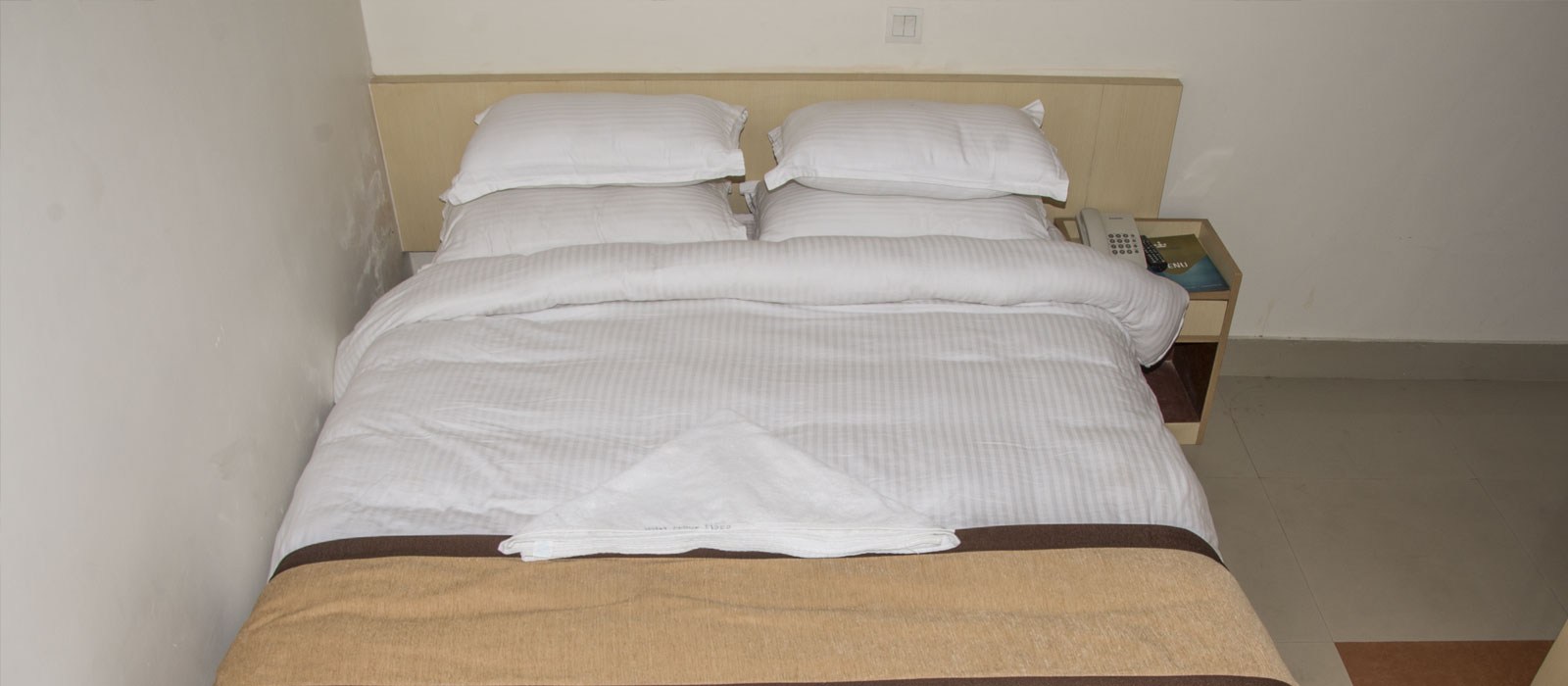 Second Hand Bedroom Suites For Standard Room Single Twin Bed Hotel In Nepal